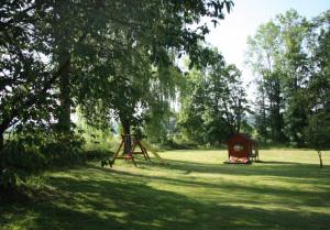 venkovní zahrada u chalupy